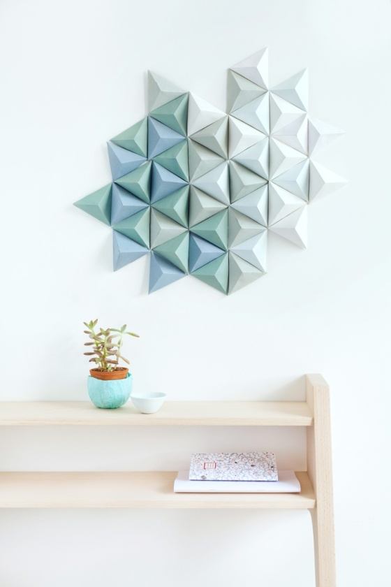 21-Extraordinary-Smart-DIY-Paper-Wall-Decor-That-Will-Color-Your-Life-homesthetics-design-20