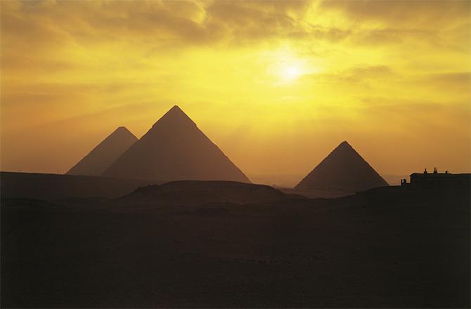pyramids-670x440-140502