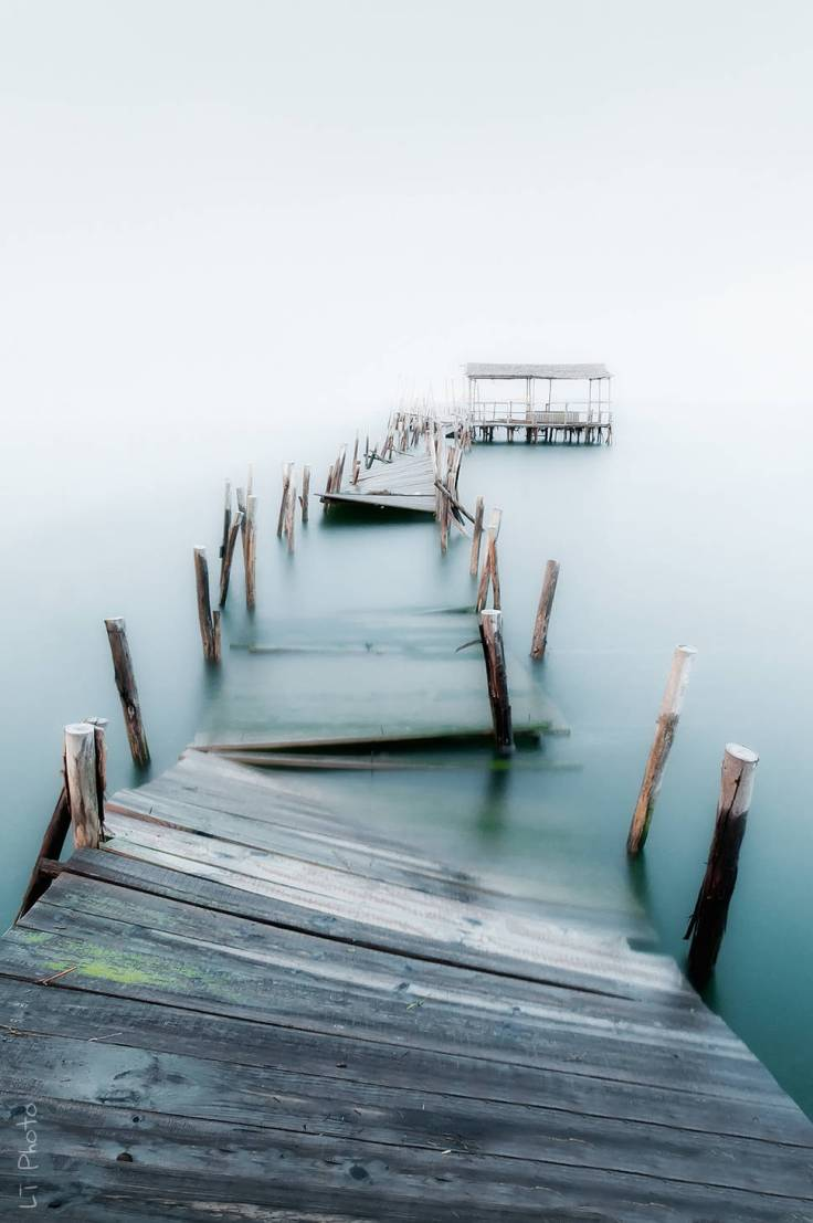 Abandoned-Places-From-Around-The-World-16-An-abandoned-jetty