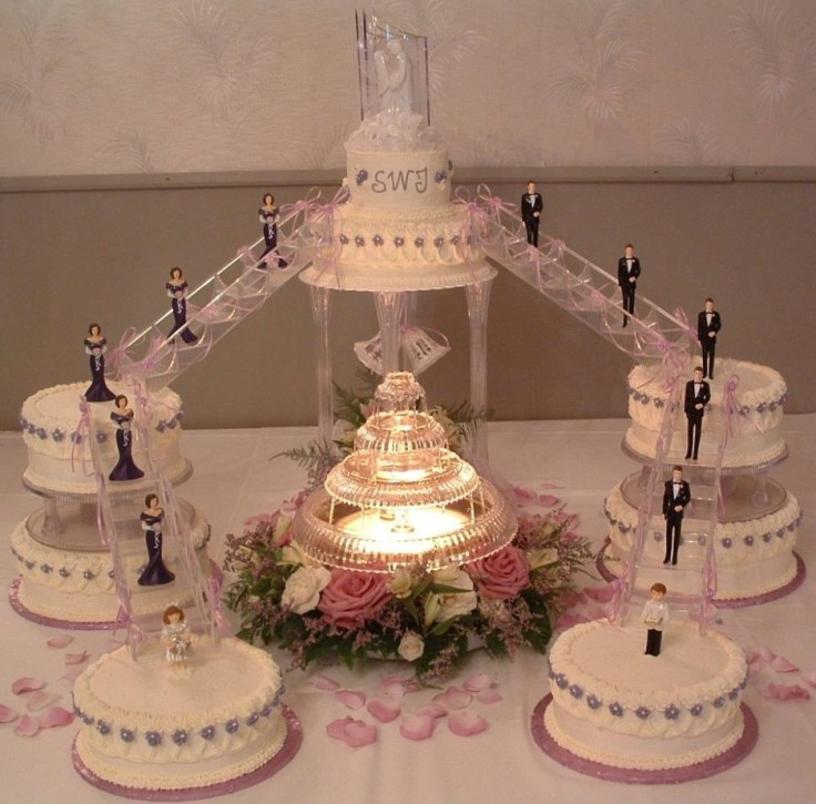 fountain-wedding-cake