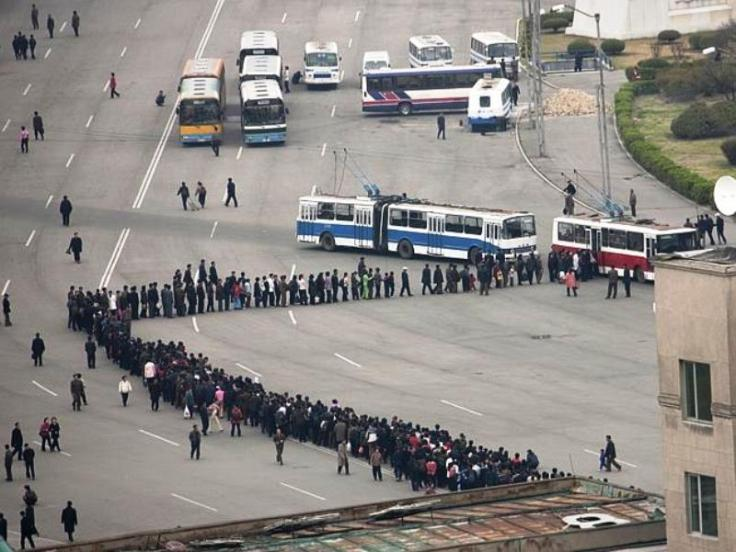 line-for-buses-in-north-korea