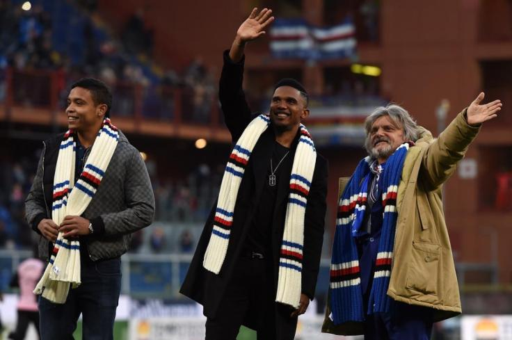 GENOA, ITALY - JANUARY 25: Luis Muriel (L), Samuel Eto'o (C) and Massimo Ferrero (R), President of Sampdoria, greet supporters after the Serie A match between UC Sampdoria and US Citta di Palermo at Stadio Luigi Ferraris on January 25, 2015 in Genoa, Italy.  (Photo by Tullio M. Puglia/Getty Images)
