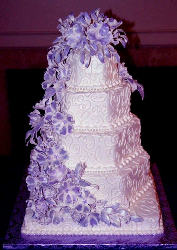 15 Cool Ideas For Wedding Cakes 3