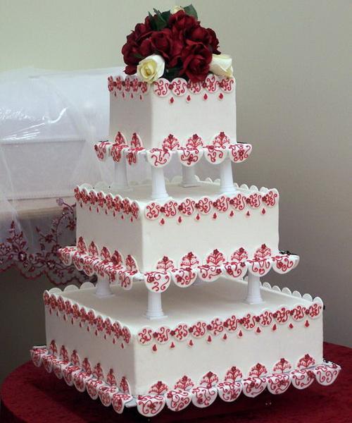 square-wedding-cakes