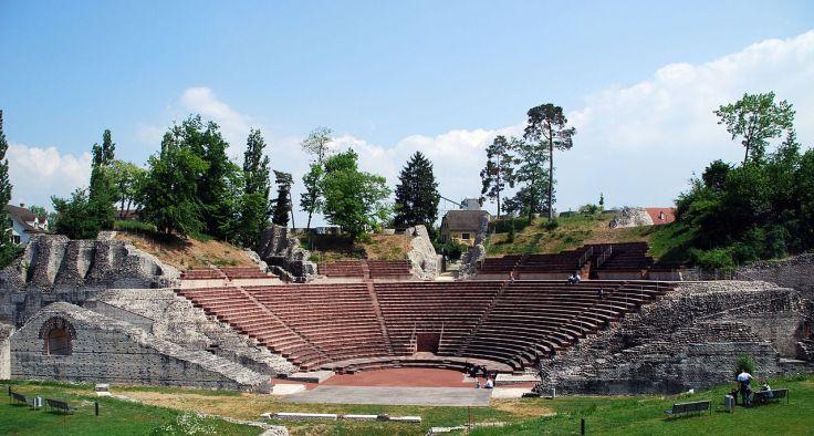 1280px-Theater_Kaiseraugst