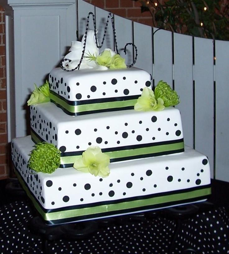 squareweddingcakes-923x1024