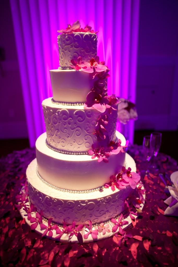 Wedding_Cake-682x1024