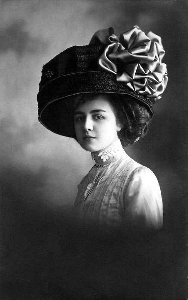 edwardian-giant-hats-1900s-10s-10