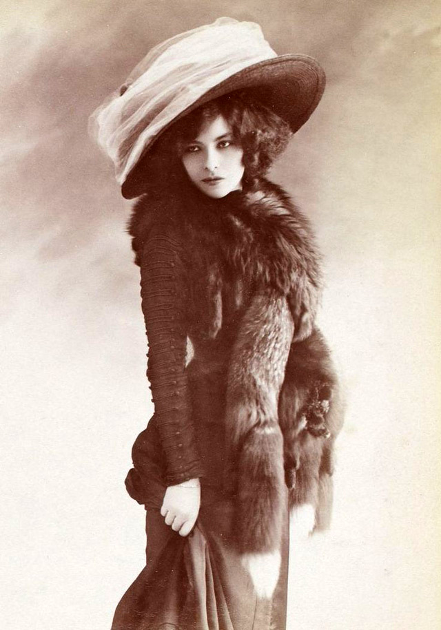 edwardian-giant-hats-1900s-10s-2