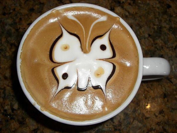 latte-art-butterfly