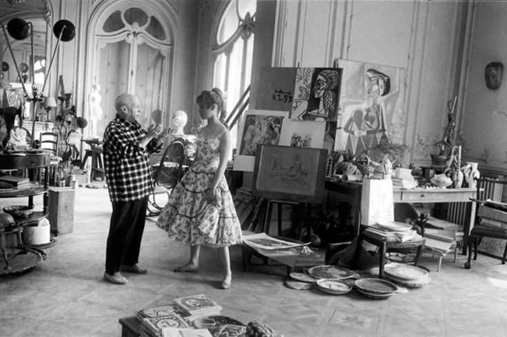 famous-artists-and-their-muses-in-their-studios-3