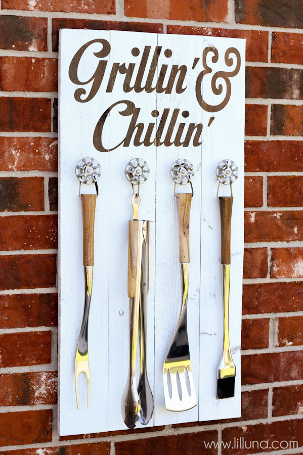1465239110-grillin-and-chillin-sign-8