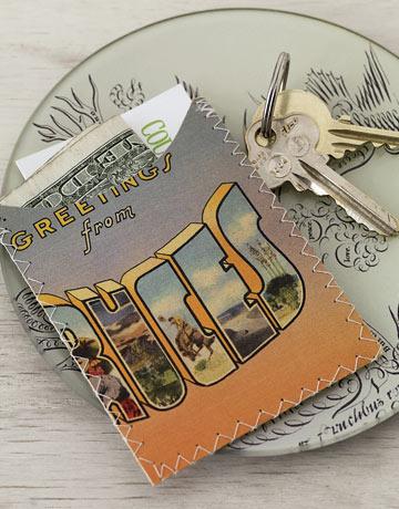54eb513321958_-_postcard-wallet-de-84630010